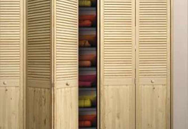 Двері жалюзійні для шаф ремонт.