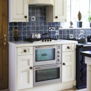 Дизайн кухни объединенной с гостиной