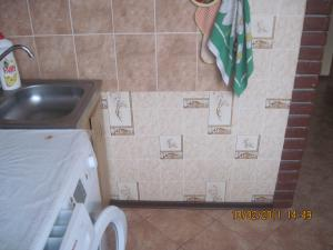 post-49470-1297597255_thumb.jpg