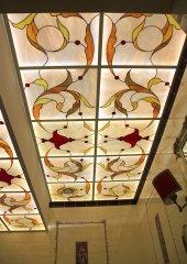 витражный потолок.jpg