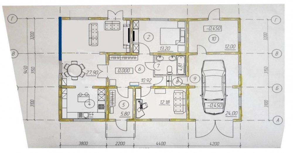 В гостиной 15 кв.м,  нужна ли дверь, на улицу?