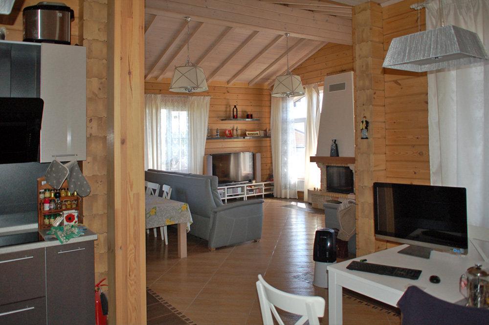 Интерьер дома из клееного бруса Сюзанна компании ДДМ-Строй ф5.jpg