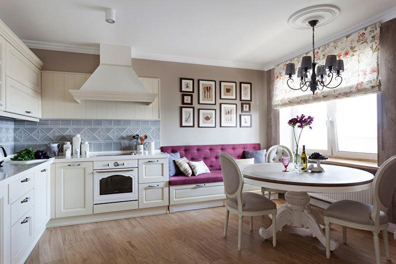 Кухня с большим окном и низким подоконником-4