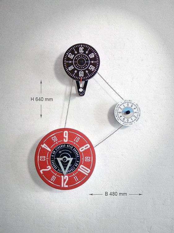 Часы: Наполняя временем пространство-2